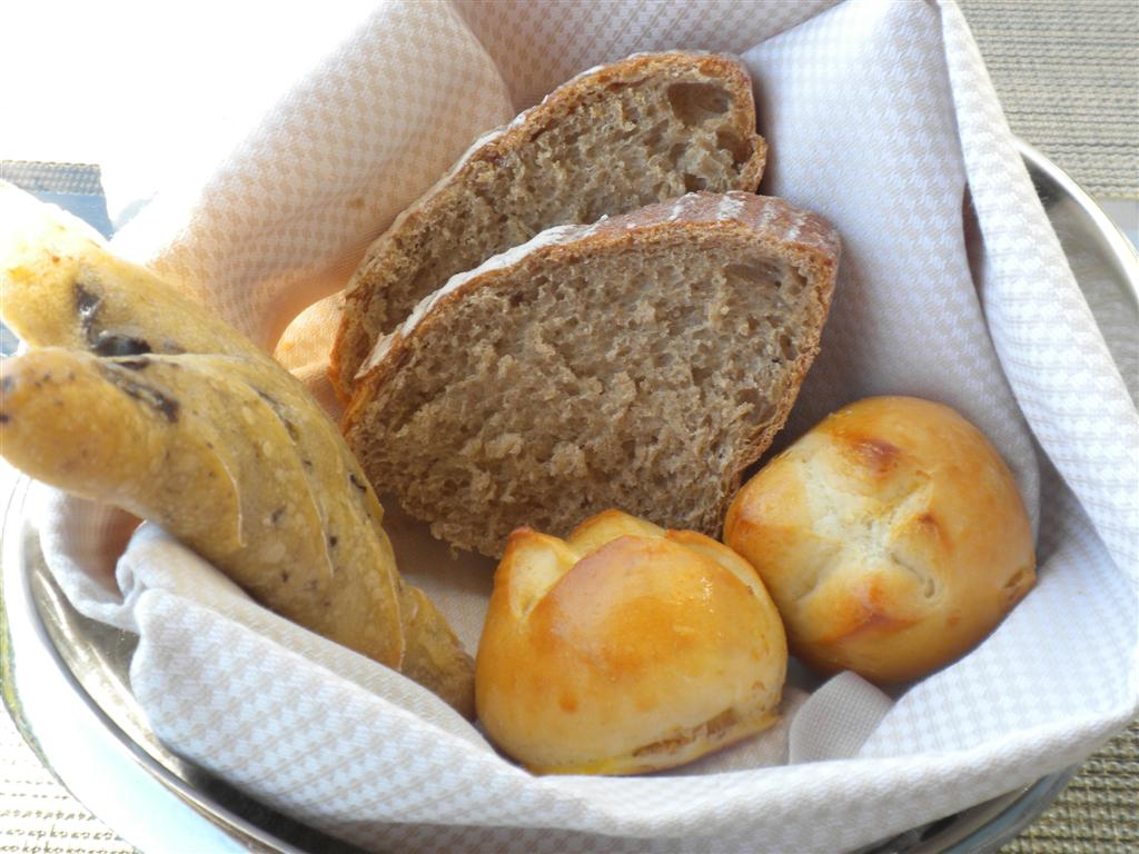 Fabolous bread basket