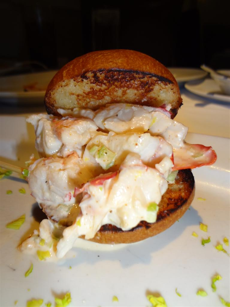Lobster roll slider
