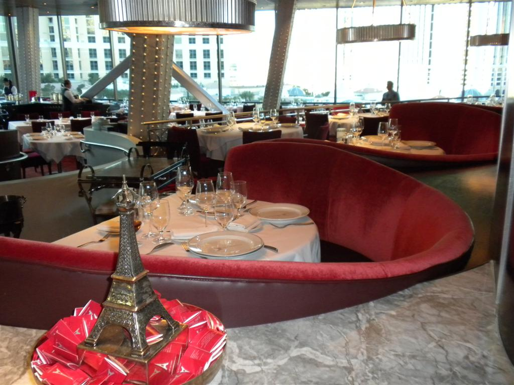 EIFFEL TOWER RESTAURANT A Room With A View Eating Las VegasEating Las Vegas