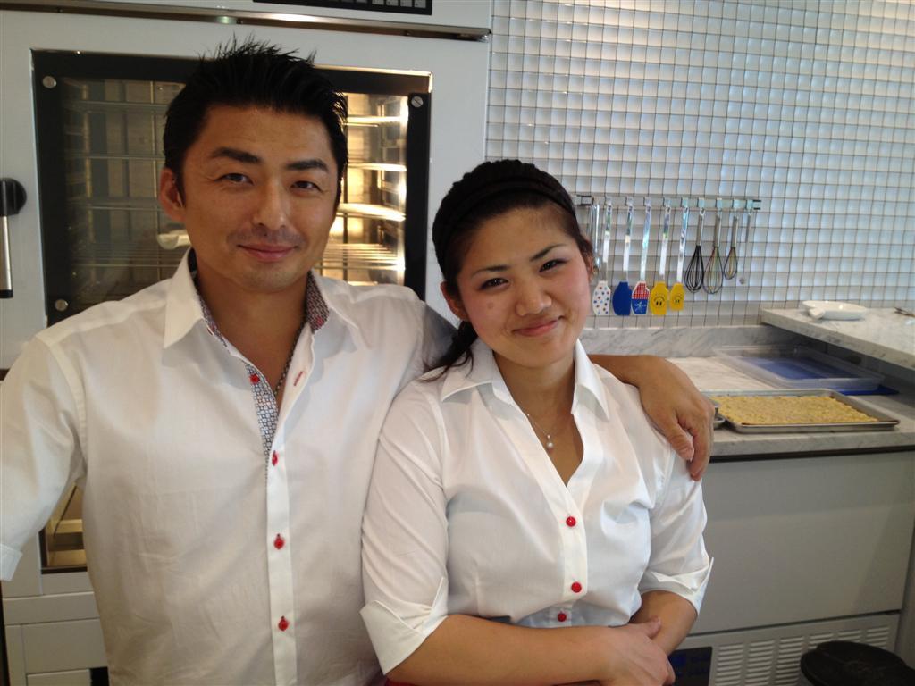 Endo-san and Mio-san sweeten the Vegas dessert pot