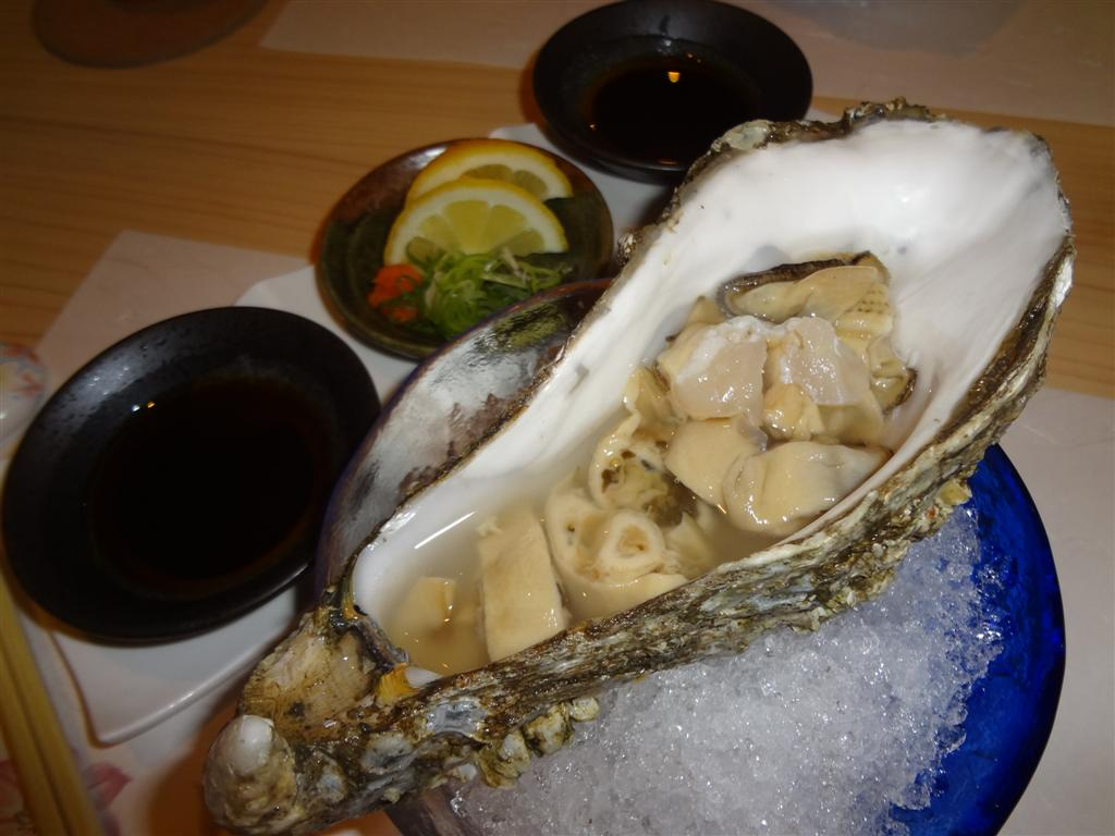 eating oysters - photo #22