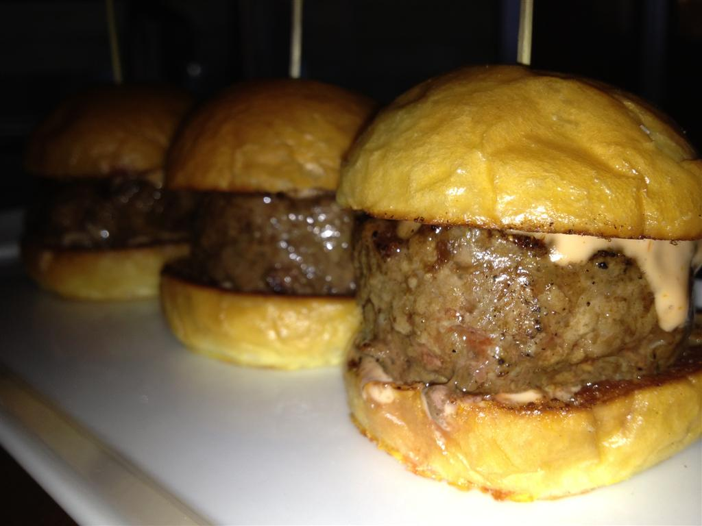 We\'ll miss these mini-burgers, not the atmosphere