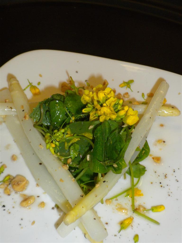 Spring white asparagus salad