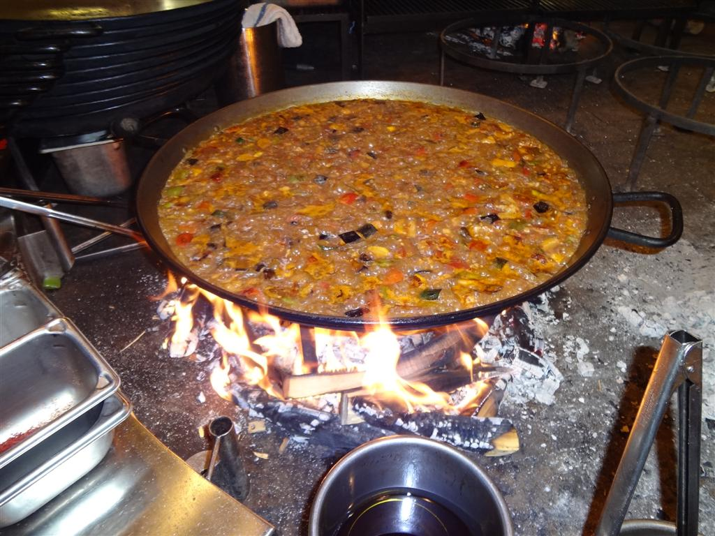 Smoky, perfect paella
